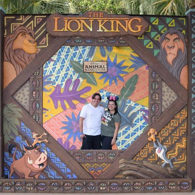 Michel Luca E Larissa Crstina The Lion King Banner No Animal Kingdom Filosofia Disney No Instagram Por Disneyria